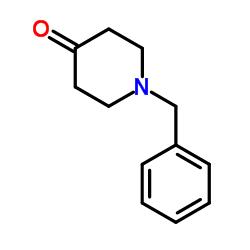 N-Benzyl-4-piperidone